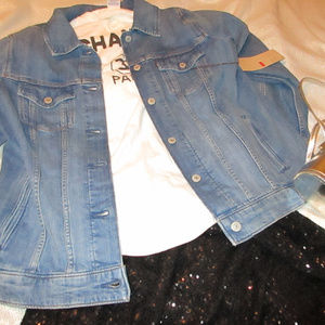 LEVIS DENIM TRUCKERS  JEAN JACKET NEW SIZE 18